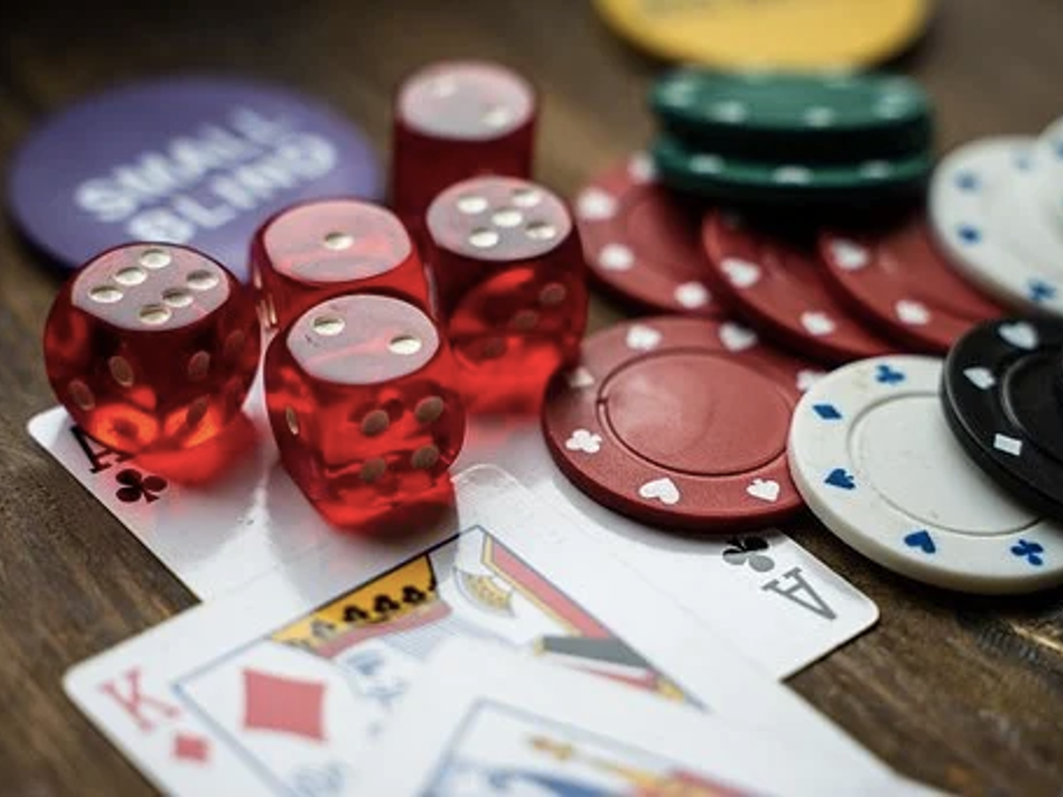 Best Proven Strategies to Win at Online Casino Games